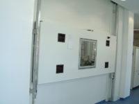 Übergabe von Rückstellproben-in-automatisches-Tiefkühllager
