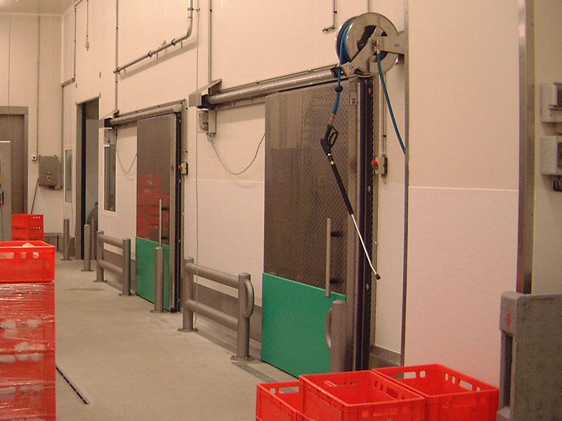 Tür für Produktionsbetrieb